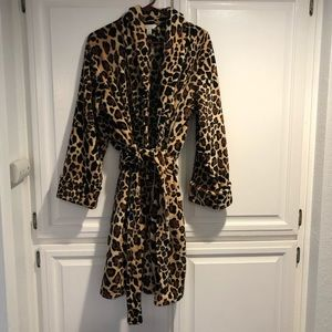 Charter Club warm and fuzzy bathrobe